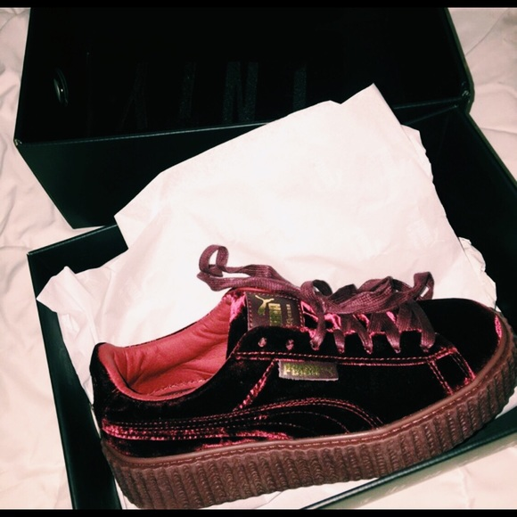 brand new e739c 96c7b red velvet puma creepers